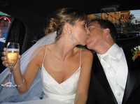 Kissing_in_limo